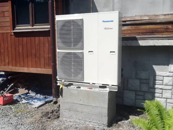 Pompa ciepła powietrze-woda –Zakopane 2019-02